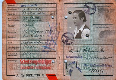 Picture of KENNKARTE #23 - SCHUTZANGEHÖRIGE BROMBERG (issued 21 November 1944)