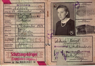Picture of KENNKARTE #66 - SCHUTZANGEHÖRIGE BROMBERG (issued 15 November 1944)