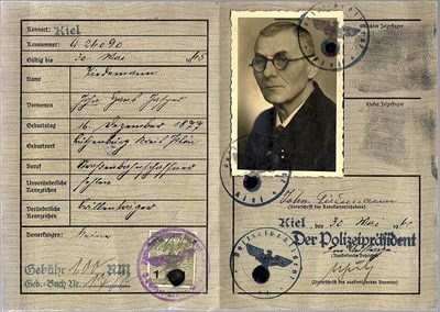 Picture of KENNKARTE #97 - DEUTSCHES REICH - KIEL  (issued 30 May 1940)