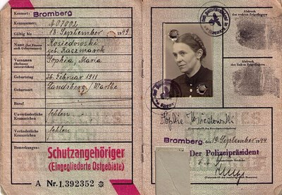 Picture of KENNKARTE (#114) - SCHUTZANGEHÖRIGE BROMBERG  (issued 19 September 1944)