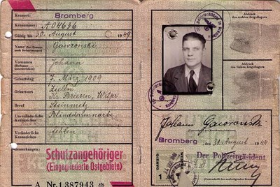 Picture of KENNKARTE (#119) - SCHUTZANGEHÖRIGE BROMBERG  (issued 31 August 1944)