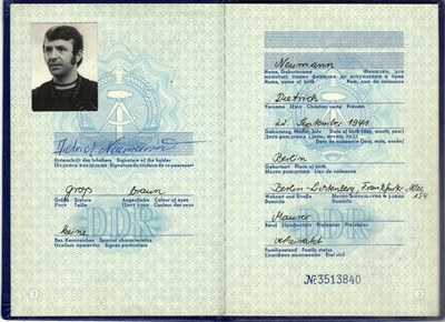 Bild von DDR:  EAST GERMAN PASSPORT  (Berlin - 1973)  (# 5450)