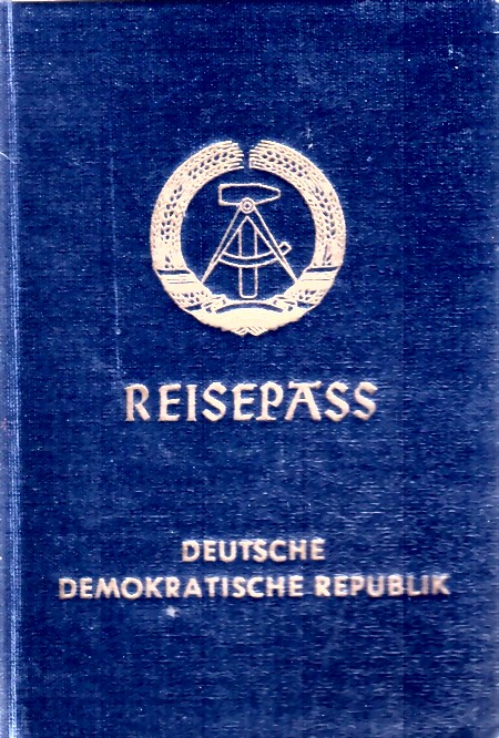 ddr-reisepass-type-2-large.jpg